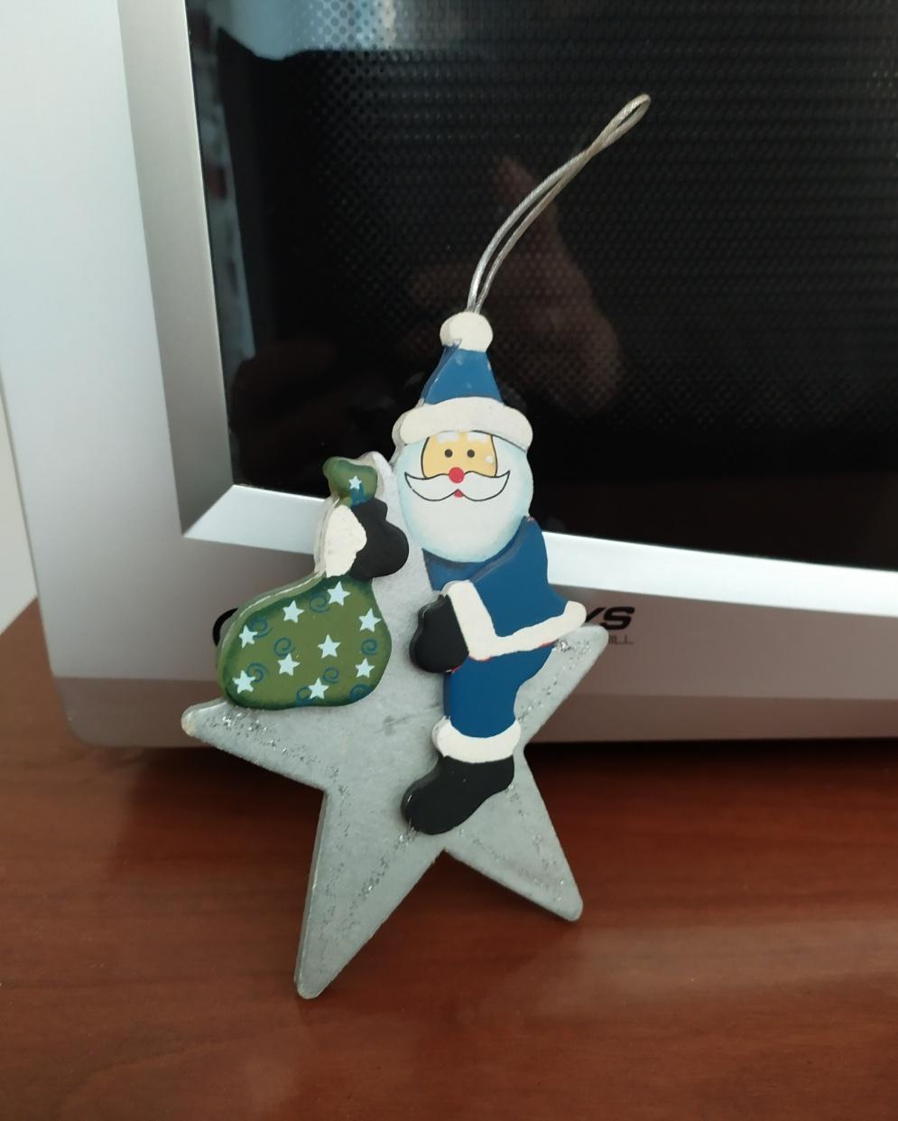 Babbo Natale sulla stella - decorazione per l'albero di Natale - 1 -