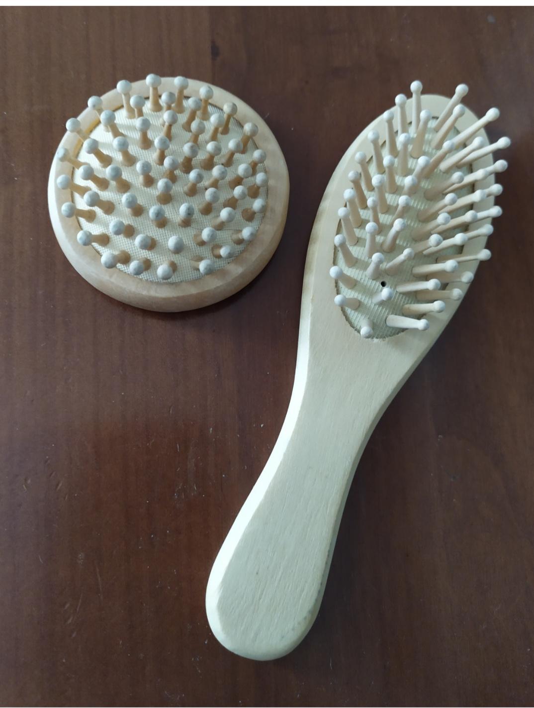Spazzola per capelli bimbi (+ accessorio) in legno - 1 -